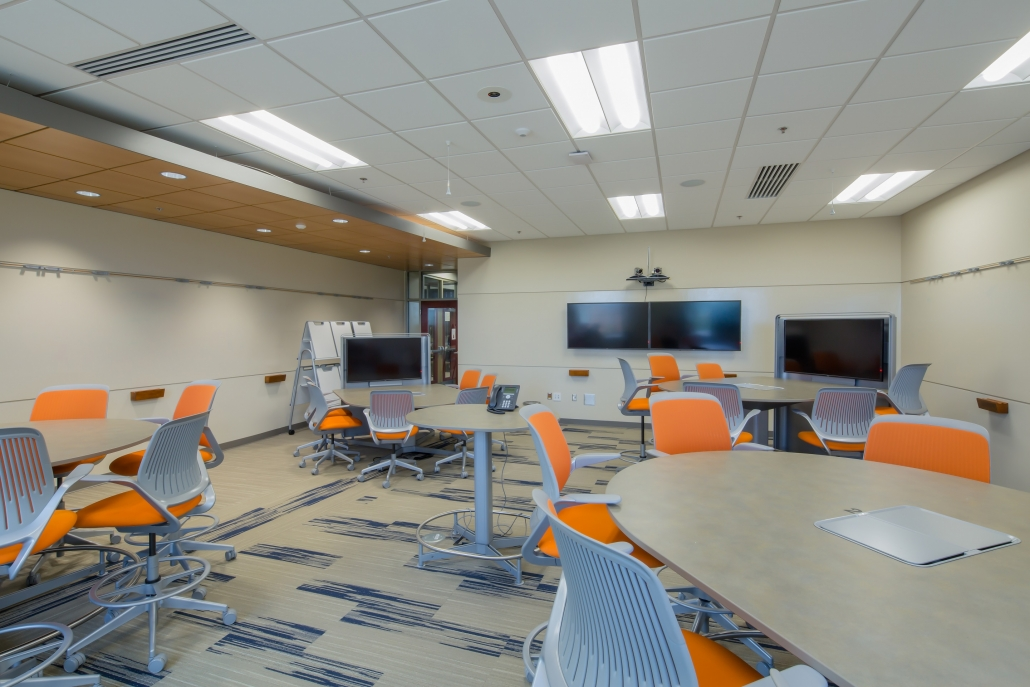 Image of classroom in Baldwin Building